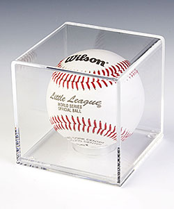 Display Cases For Collectibles Wall And Countertop Fixtures