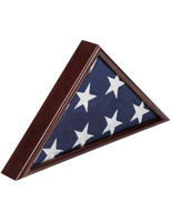 American-Made 5' x 9.5' Cherry Flag Case with Natural Wood Grains