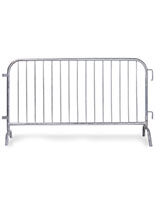 Steel pedestrian barrier with 6ft bridge feet