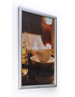 Snap-open outdoor frame for 20 x 30 posters