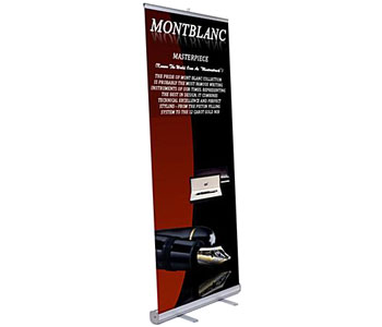 Retracting Stands with Printed Banners
