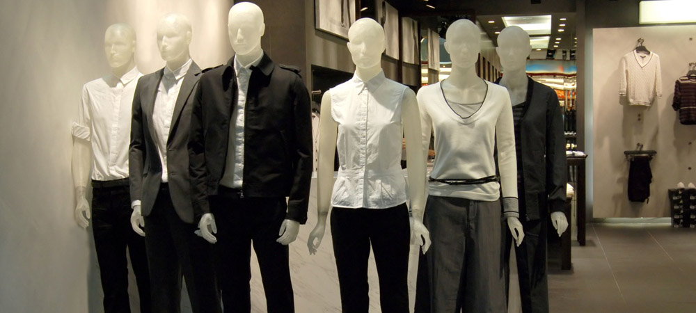 Use Mannequins to Promote Clothing