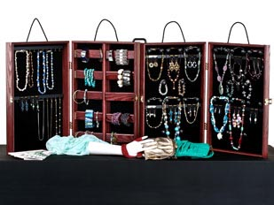 Portable Jewelry Display Cases
