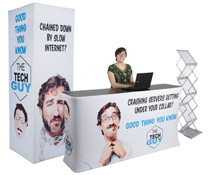 Inline exhibit booth set with large format graphics