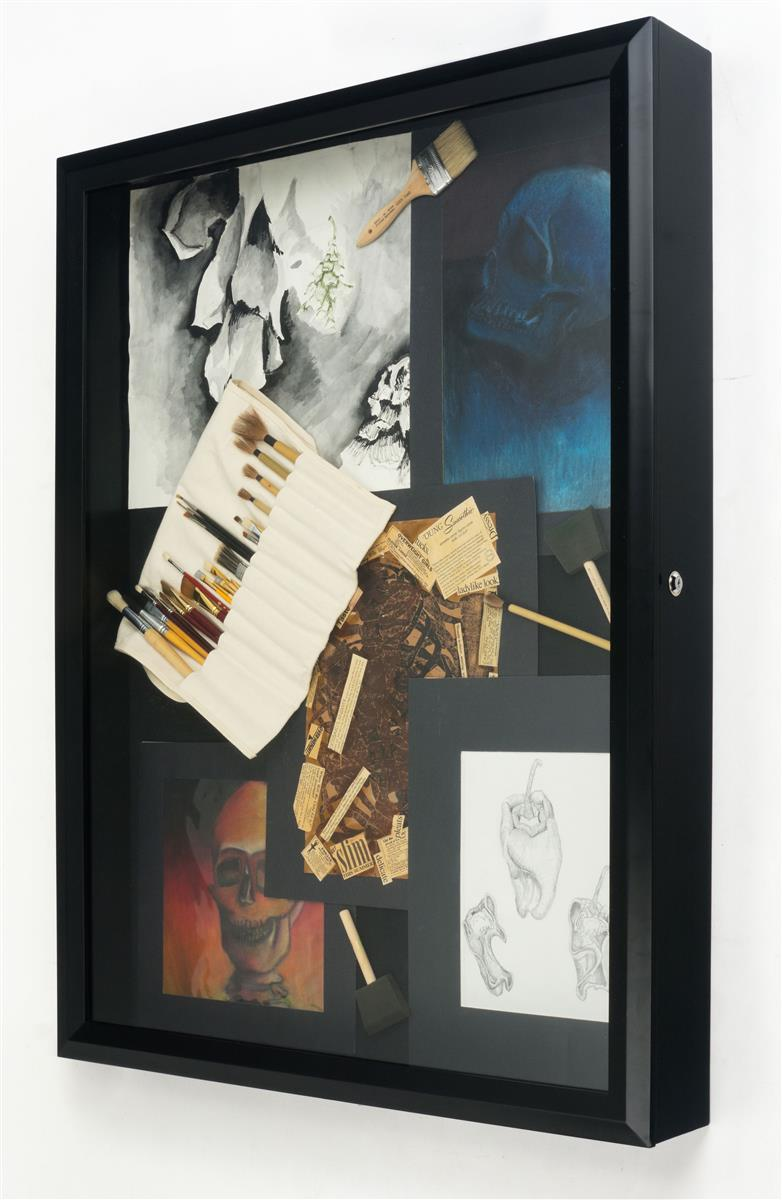 Large Shadow Box For Collectibles Is 4 Deep Amp Locks