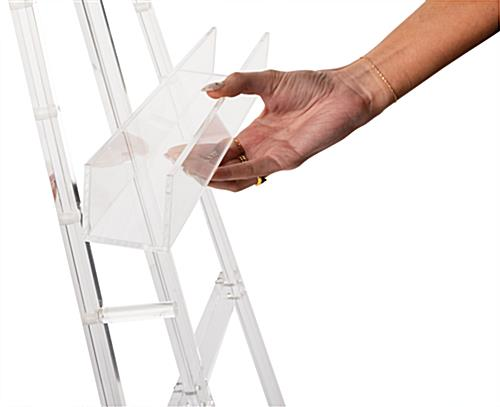 Adjustable acrylic artist easel with removable art tray