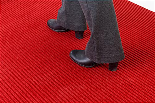 Red carpet runner with ribbed polyester fabric