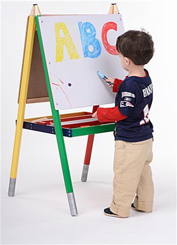 easels for kids double sided markerboard and chalkboard. Black Bedroom Furniture Sets. Home Design Ideas