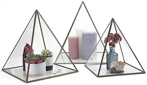 Large pyramid display box made of clear non-tempered glass