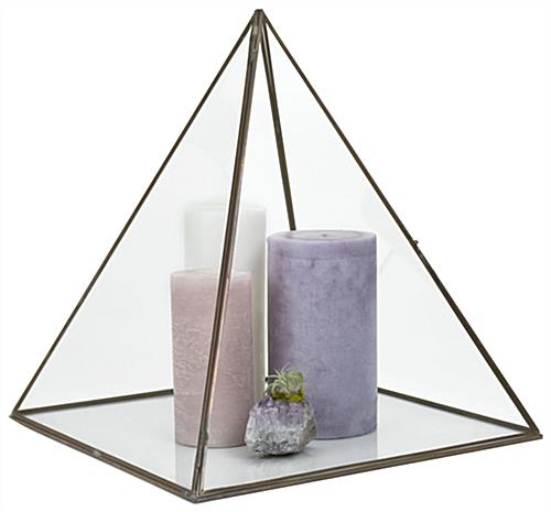 Large pyramid display box with 13 x 14 x 13 Display Space