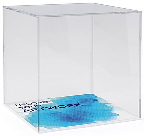Small clear display box with printed base and lift-off loading style