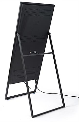 digital sandwich board with dual 5W speakers