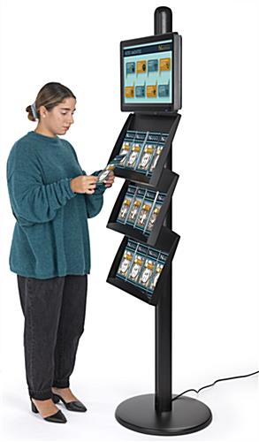 Brochure stand with digital sign with a high quality LCD screen