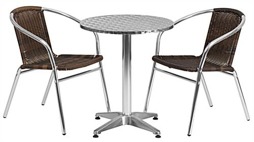 Aluminum and rattan indoor/outdoor cafe set with 3 pieces