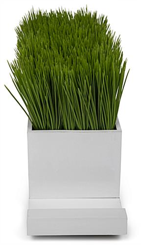 plastic grass decorative charging planter with subtle design