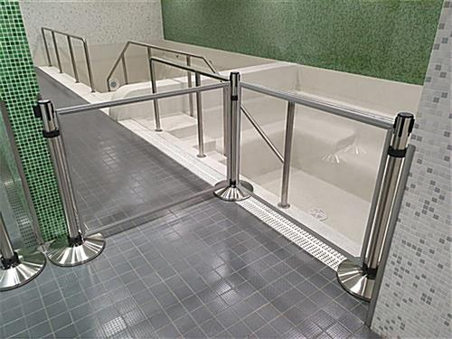 Clear barrier panel for stanchion has two acrylic reinforced panes
