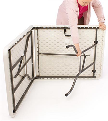 Portable Exhibition Table : Folding portable exhibit table ft