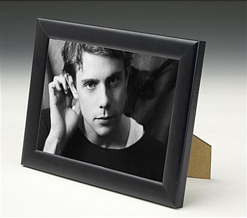 "Black Wood Photo Frame With A Glass Lens - 5"" x 7"""