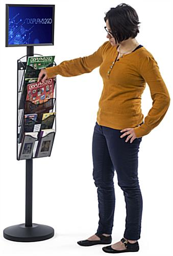 "17"" x 11"" Sign Post with 5 Mesh Literature Pockets, 17"" Overall Width"