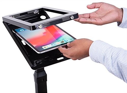 Easy to use adjustable stand for iPad pro