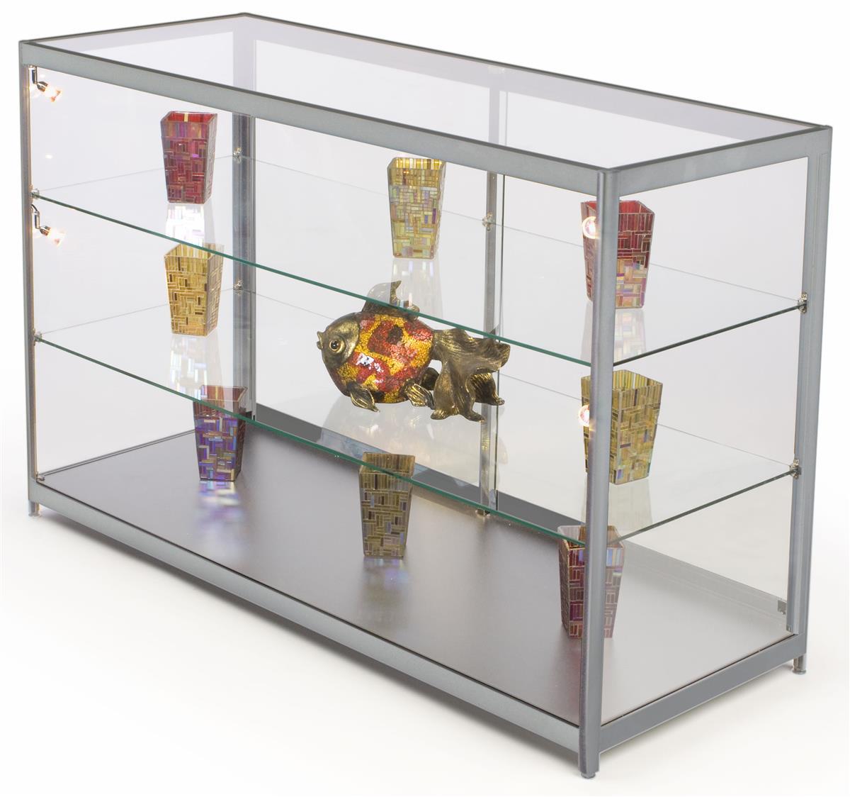 Tempered glass display counter silver finish interior for Case interior design