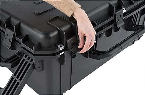 Waterproof cubed foam equipment case with 5 latches