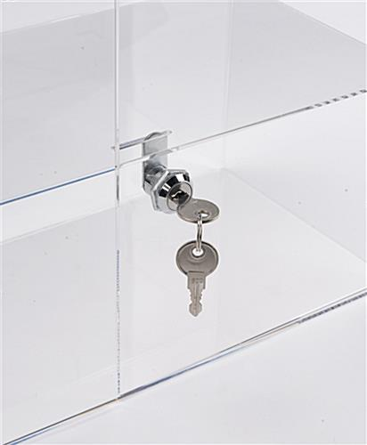 Acrylic display case includes 2 keys