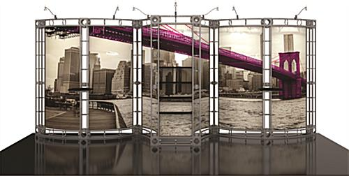 Portable trade show truss system fills back of 20ft-wide booth