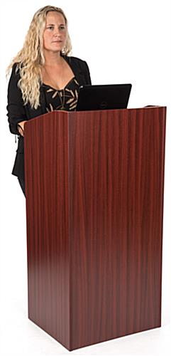 Collapsible podium for presentations