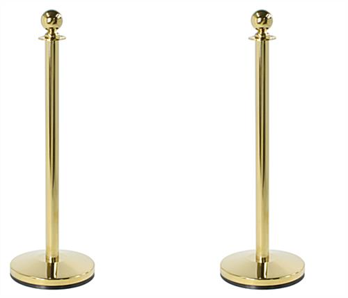 Step and repeat red carpet kit with two floor standing polished brass stanchions