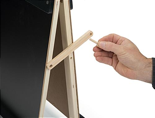 Children's Tabletop Easel with Lock