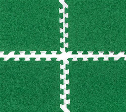 Interlocking soft turf carpet tiles