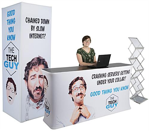 Inline exhibit booth set with 3 pieces