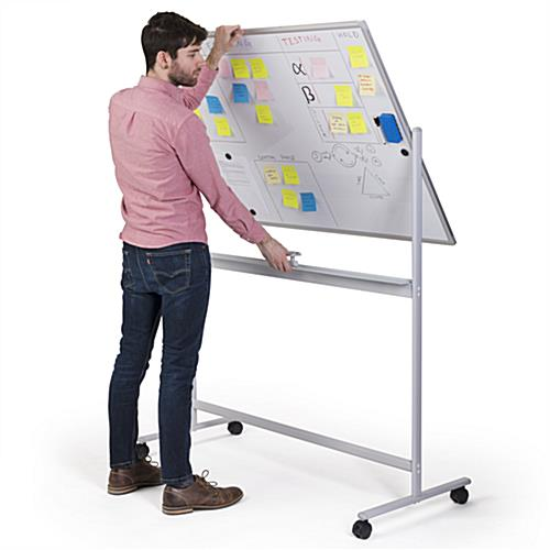 Reversible rolling whiteboard