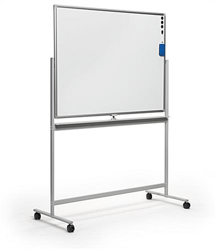 Landscape-oriented rolling whiteboard