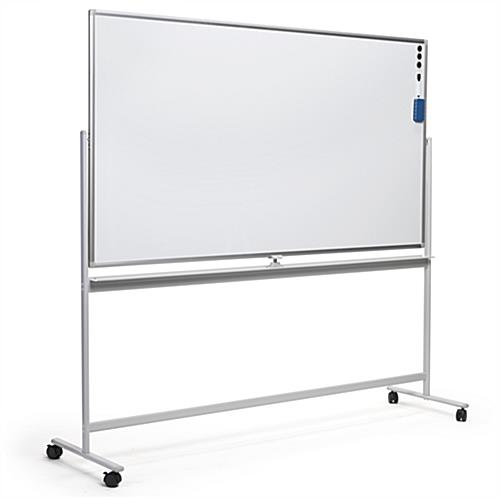 Landscape-oriented whiteboard with wheels