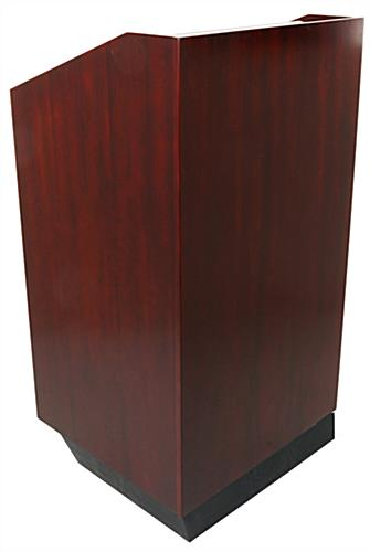 "25"" Traditional Lectern"