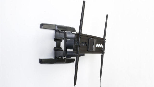 <p> This high end full motion TV mount is super slim, great for hanging flat screens.  Watch how easily this bracket can articulate, rotating, swivel, and tilt! </p>